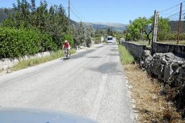 La alcaldesa de Campanet no entiende que haya cero euros  para la degradada carretera de Pollença
