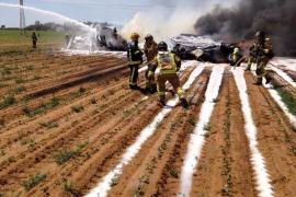 Un avión militar se estrella en las cercanías del aeropuerto de Sevilla