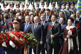 Putin preside el mayor desfile de la historia de Rusia en el Día de la Victoria