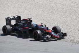 Alonso: «No tenía frenos y he pedido por radio hacer 'pit stop'»