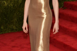 Anne Hathaway, entre «Godzilla» y «Lost in translation» junto al cántabro Vigalondo