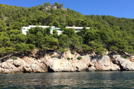 Alfonso Cortina deberá demoler parte de su chalet ubicado en Formentor