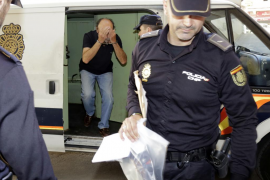 En libertad el exfuncionario detenido en relación con la corrupción de la Policía Local