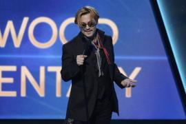 Johnny Depp saca sus perros de Australia para evitar que los sacrifiquen