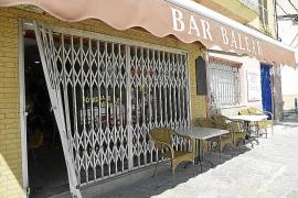 Los ladrones desvalijan de madrugada un bar en pleno centro de Andratx