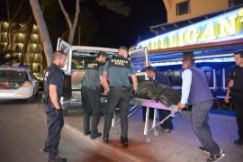 Muere un hombre tras precipitarse por las escaleras de unos apartamentos en Magaluf