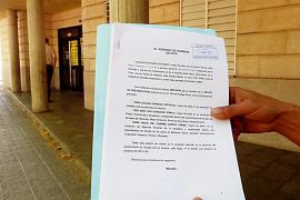 Un placero de Alcúdia denuncia a la alcaldesa y a dos regidores por prevaricación
