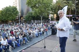 Cayo Lara: «No puede seguir gobernando una banda organizada para trincar»