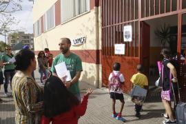 Los docentes reactivan la huelga para despedir la legislatura