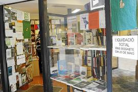 Llibres Mallorca cerrará este sábado y ofrece títulos por menos de un euro