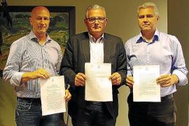 El PI firma ante notario sus condiciones para pactar