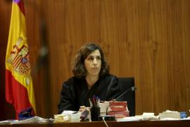 Una magistrada del caso Nóos se abstiene por vínculos familiares con un abogado