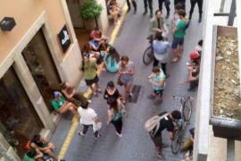 Los retenidos durante la visita de Rajoy llevan los hechos a los tribunales