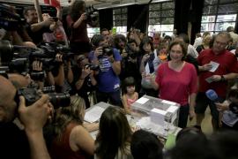 Los primeros datos dibujan un nuevo escenario político en España
