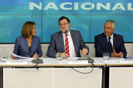 María Dolores de Cospedal, Mariano Rajoy y Javier Arenas.