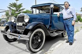 Miguel Vidal con su Ford A de 1928