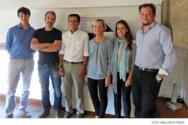 Marta Vall-Llossera toma posesión como nueva decana del COAIB