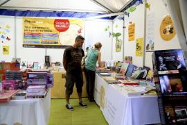 La Fira del Llibre llega a su ecuador con más ventas y ánimo «positivo»
