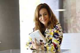 Maria de la Pau Janer presenta su último libro en Abacus