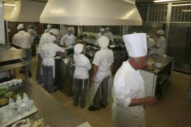 La policía detiene a un alumno de cocina agresivo en un instituto de Palma