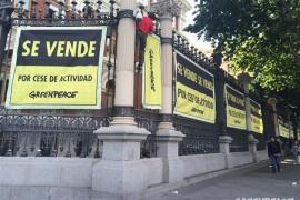 Greenpeace pone en «venta» el Ministerio de Medio Ambiente por un euro