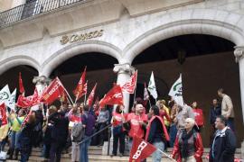 Los sindicatos convocan nuevas protestas en Correos a partir del 17 de junio