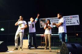 Un centenar de personas recuerdan a Malén Zoe Ortiz al ritmo de la música