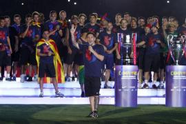 El Barça pone punto final en el Camp Nou a la celebración del 'triplete'