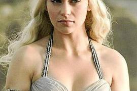 Emilia Clarke, protagonista de 'Juego de Tronos', rueda su nuevo filme en la Isla