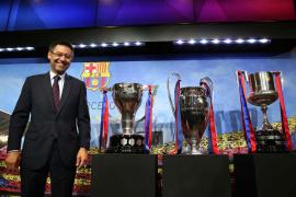 Bartomeu y la mayoría de directivos del Barcelona dimiten y una junta gestora controla el club