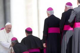 El Papa crea un tribunal para juzgar a obispos en casos de pederastia