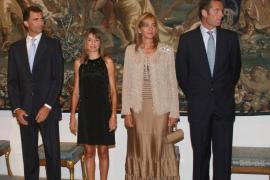 La Casa del Rey dice que la Infanta renunció tras conocer la revocación