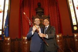 Hila, investido nuevo alcalde de Palma