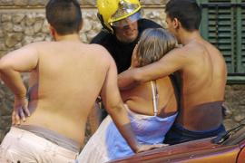 Una madre y sus dos hijos escapan de un incendio que arrasó su casa de Palma