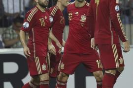 Un solitario gol de David Silva da la victoria a España