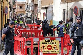 La policía protege a los operarios de Emaya tras la redada contra 'El Pablo'