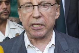 Ruiz-Mateos ingresado en un hospital tras pasar la noche en prisión