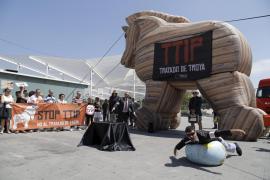 Palma acoge una jornada de concienciación contra el tratado de libre comercio