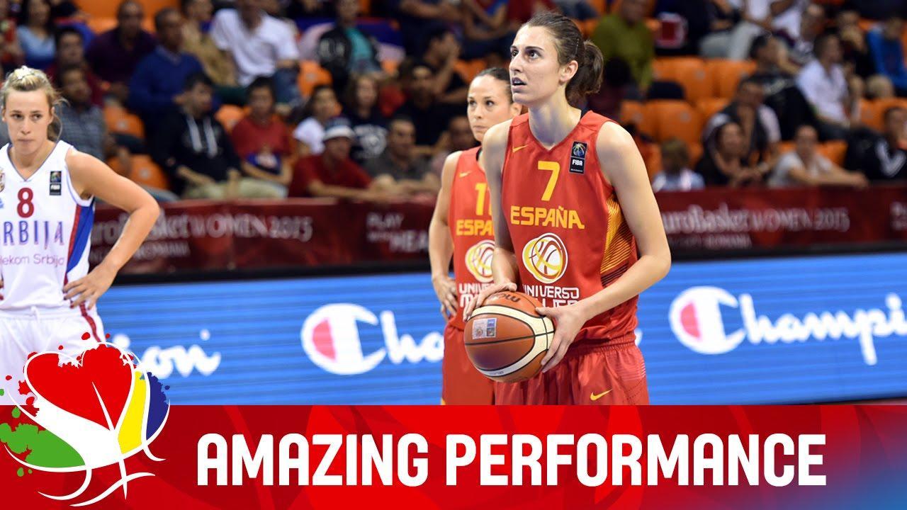 La FIBA enaltece la actuación de Torrens ante Serbia