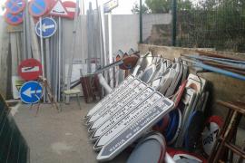 Sa Pobla prevé ahorrar 10.000 euros con la reutilización de señales de tráfico