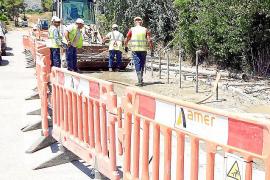 Red Eléctrica no retomará los trabajos del cable hasta que acabe la temporada turística