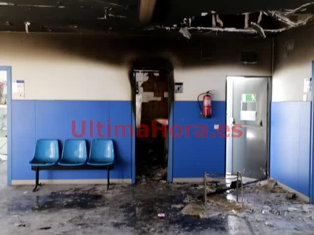 Incendio en el centro de salud Emili Darder de Palma