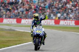 Rossi vuelve a lo más alto