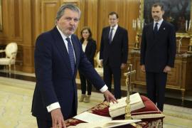 Méndez de Vigo jura ante el Rey como ministro de Educación