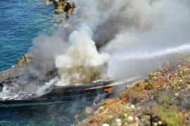 Incendio en una embarcación en Santa Ponça