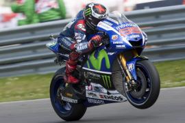 Lorenzo: «Si Valentino estaba primero, merece ser el ganador»