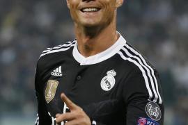 Cristiano Ronaldo: «Estoy muy feliz en el Real Madrid»