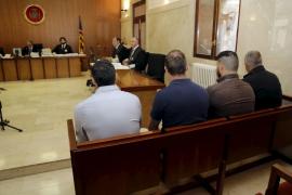 El fiscal denuncia que Cort y sindicatos amparan torturas de la Policía Local
