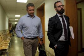 Cort quiere amortizar la plaza del comisario de escoltas y lo relegarán a inspector