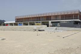 La constructora retrasa las obras del colegio Ponent por un litigio con el Govern